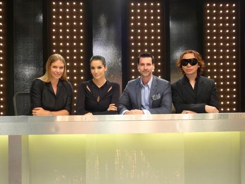 Asia's Next Top Model Ep9 Panel With Michael Cinco