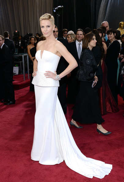 Like Lawrence, Charlize also wore a white Dior dress which reminds me of the White dress explosion from last year's ceremony. She still pulled if off though and I'm loving her in this dress!