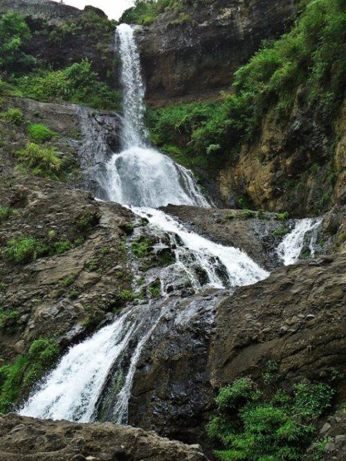 The beautiful Pongas Falls