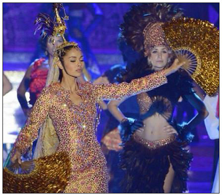 Megan Young dancing Singkil during the Dances Of The World segment of Miss World