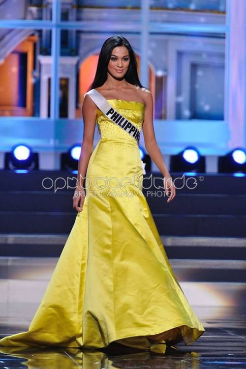 Ara's official Evening Gown during Preliminary Rehearsals via OPMB