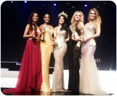 Miss Philippines Ali Forbes with the Misses from Dominican Republic Chantel Martinez (1st  r-up), Puerto Rico's Janelee Chaparro (Winner), Slovak Republic's Denisa Paseciakova (2nd r-up) and Australia's Kelly Louise Maguire (4th r-up)