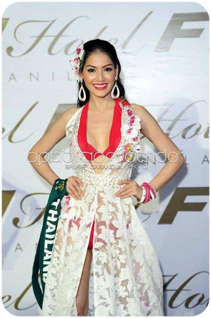 Miss Thailand Punika Kulsoontornrut winning Gold
