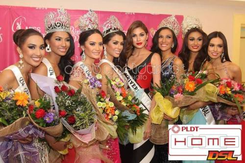 2014 Binibining PIlipinas Winners with reigning Miss Universe Gabriela Isler image via ompb