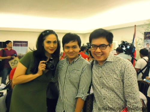 With Bb.Pilipinas Universe 1985 Joyce Burton and top pageant blogger Norman Tinio