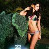 22 Anja Vanessa Peter