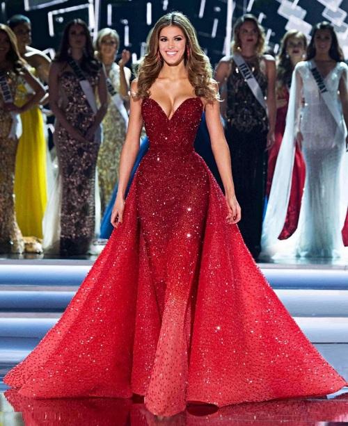 Miss Universe 2016 Iris Mittenaere in a stunning Michael Cinco Gown ...
